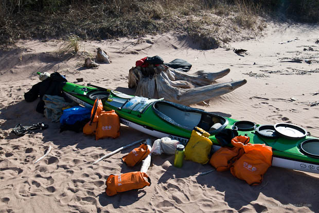 LIGHTWEIGHT Waterproof Dry Bag Storage Pack Outdoor Kayaking Beach Camping PICK